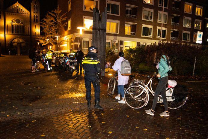 Fietsen zonder licht? Geen bon, maar een lampje in Nijmegen